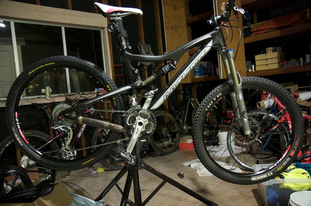 Blur LT Carbon Setup Thread-chens_new_bike-1.jpg