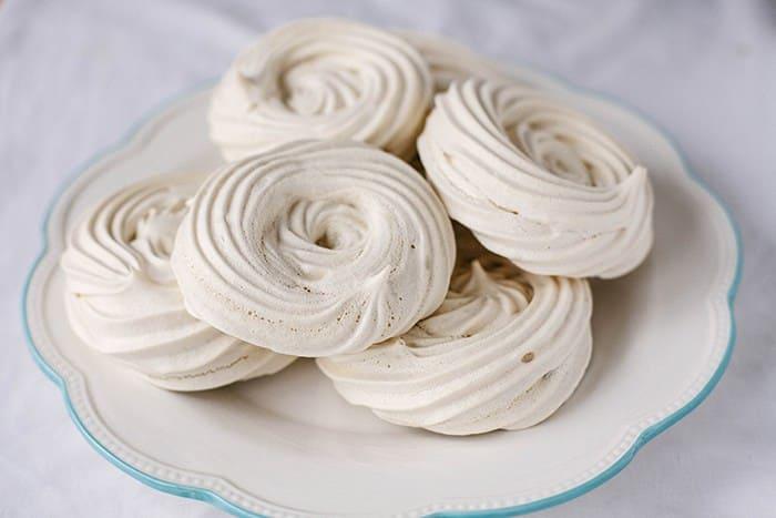 Vegetarian / Vegan / Raw recipes & chat-chickpea-meringue-nests-1.jpg