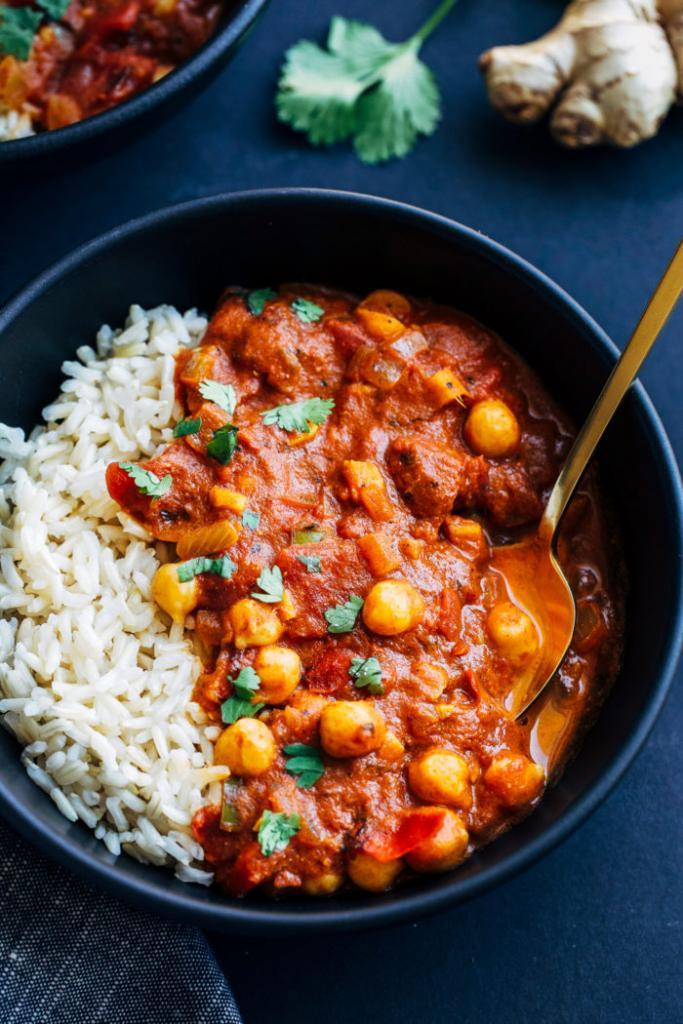 Vegetarian / Vegan / Raw recipes & chat-chickpea-tiki-masala-06-700x1050.jpg