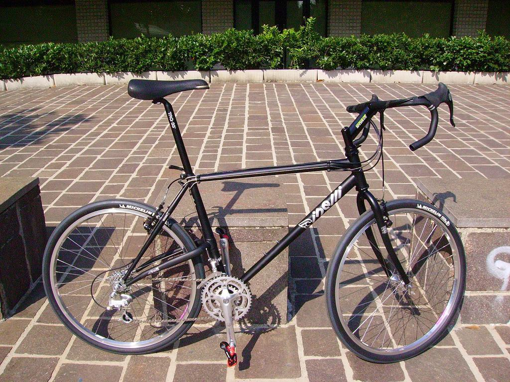 Elevated chainstay bike history questions.-cinellinextmachinea.jpg