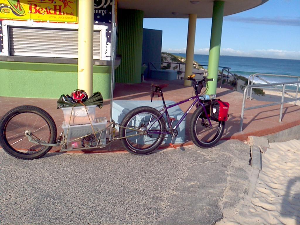Anybody use a Bob Trailer with a Fattie?-city-beach-yanchep-return-10-2011-2011-10-06_07-28-45_815.jpg