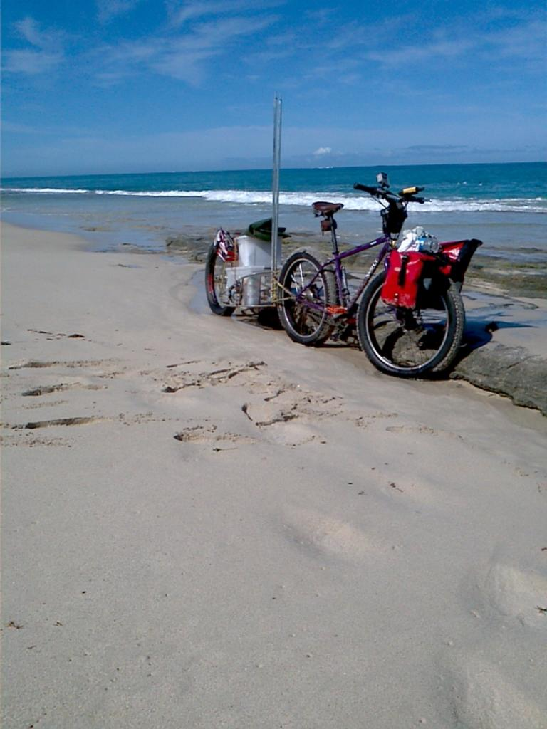 Anybody use a Bob Trailer with a Fattie?-city-beach-yanchep-return-10-2011-2011-10-07_09-25-55_561.jpg