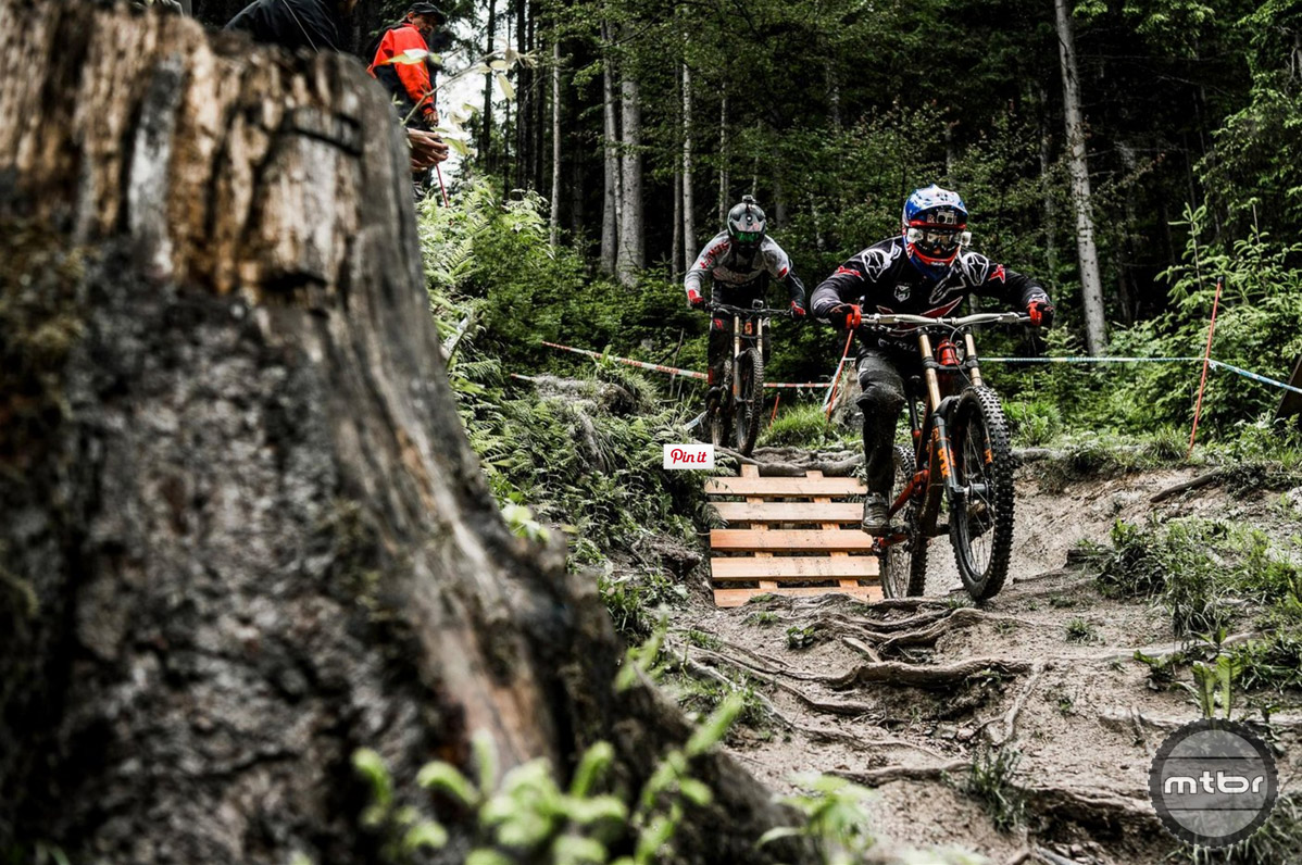 For this special course preview, Aaron Gwin and Claudio Caluori chose to ride chainless. Photo by Bartek Woliński/Red Bull Content Pool