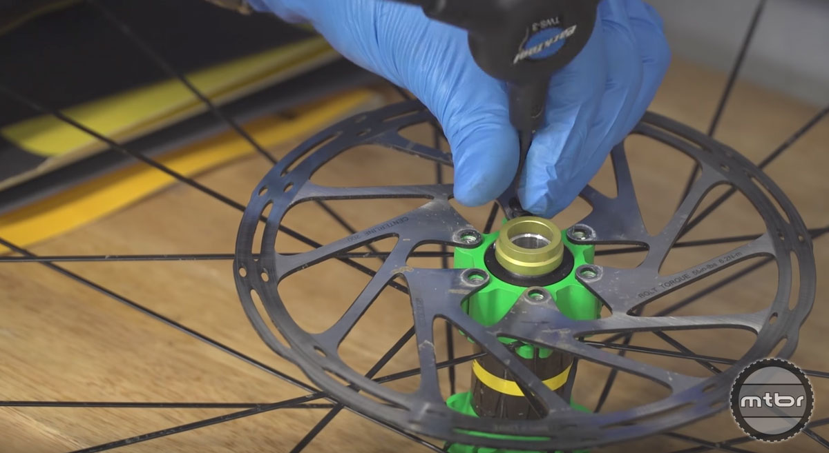 How To Clean Your Disc Brakes