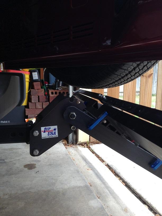 1up Rack on Jeep Wrangler JK-clearance.jpg