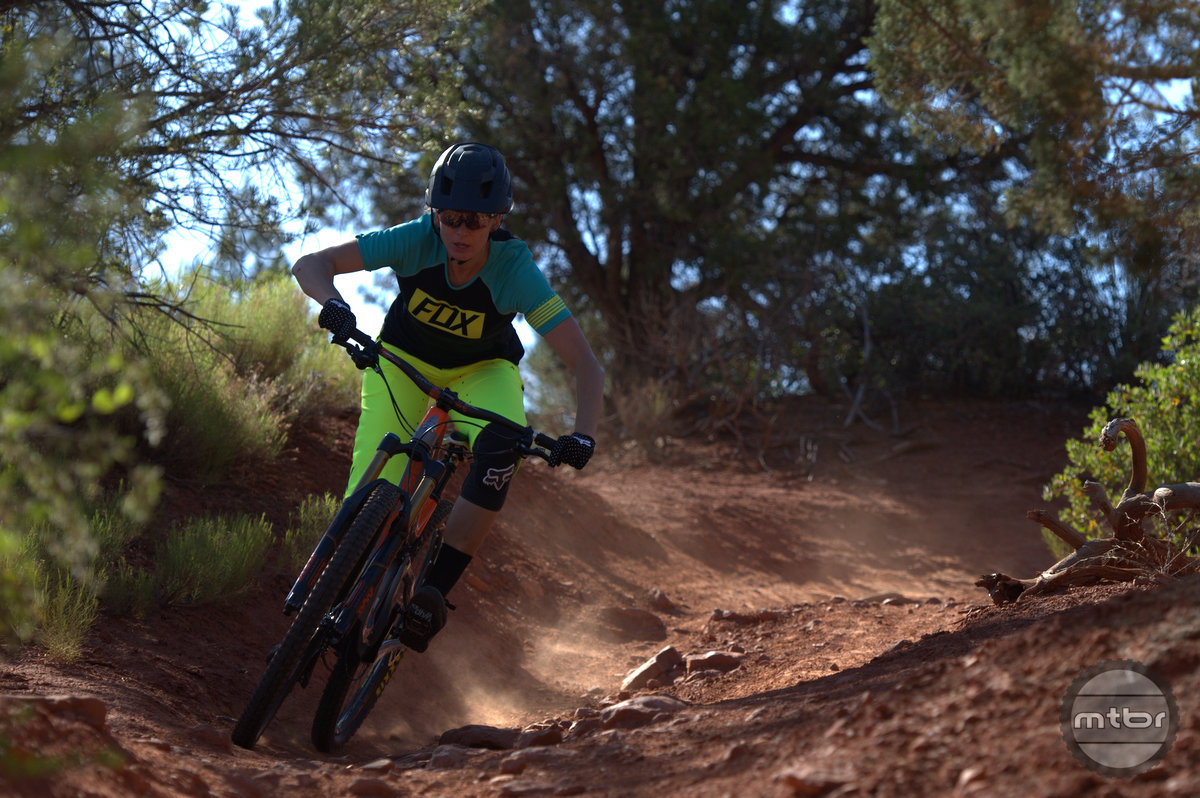 Intense Primer 29er at high speed is stable and maneuverable.