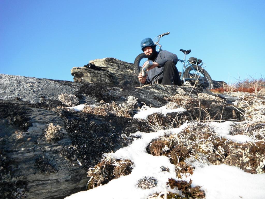 Daily Fat-Bike Pic Thread - 2012-coffee-break.jpg