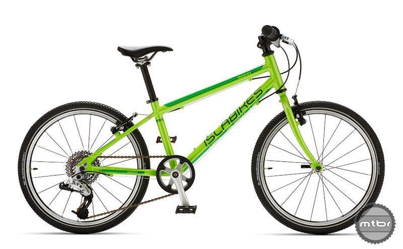 The Islabikes Beinn 20 L in bright green.