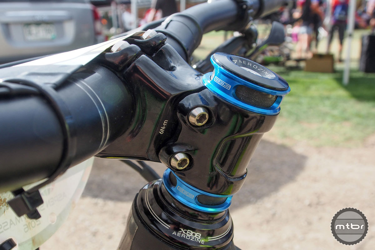 Ravanel's cockpit mates a 760mm KS bar with a 50mm KS Ether stem equipped with 20mm in spacers. Due to the Colorado course's less technical nature, Ravanel dropped her position slightly. Expect to see both those spacers underneath the stem in Whistler.