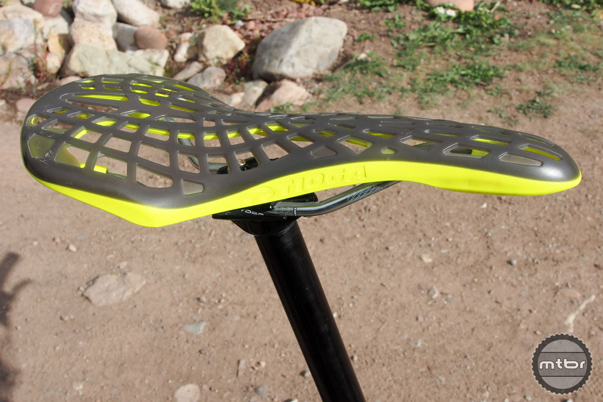 When it comes to saddle choice, clearly Ravanel values low weight over comfort. Meet the minimalist Tioga Spyder Outland.