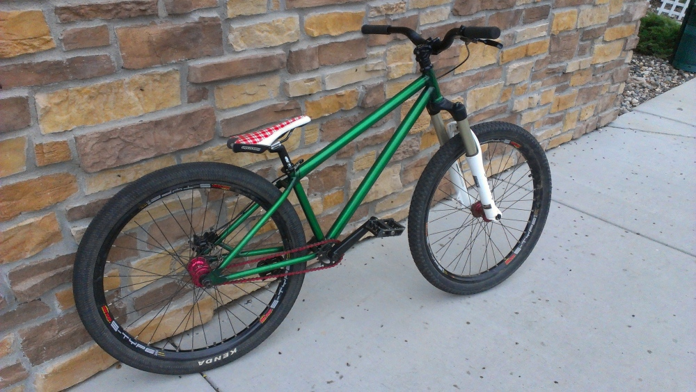 My new trans green f-bom frame-completebuild-right-web.jpg