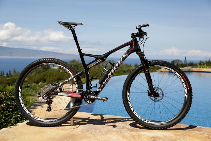 anyone run a dropper post on your Epic?-conrad-stoltz-specialized-sworks-epic-world-cup-wc-2014-squirt-lube-clif-bar.jpg