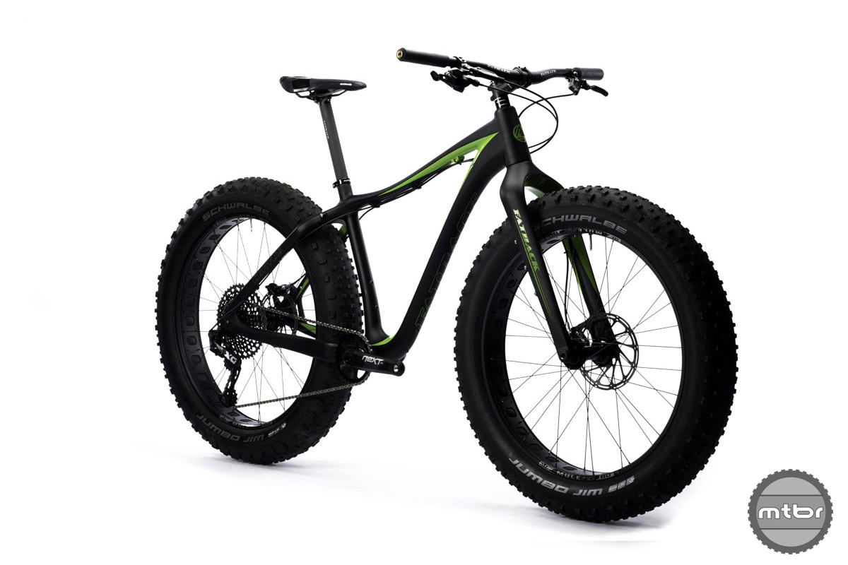The standard build is a fully rigid carbon frame and fork.