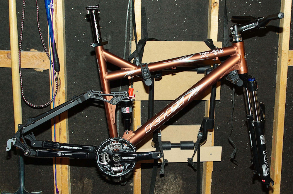 Budget KHS XC-204 Build Thread-crankbarseatpost.jpg