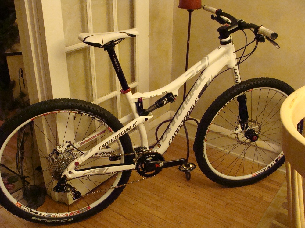 529f4b9d4e3 My new 2013 Alloy Scalpel 29er, slightly upgraded!-cranks-003.jpg
