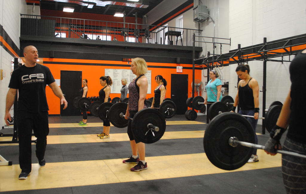 Strength Training-crossfit-bolton-dsc_0372.jpg