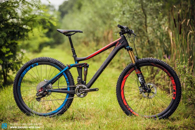 Santa Cruz 5010 Vs. Bronson-cube-stereo-140-hpc-enduro-magazin-1-von-16-780x520.jpg
