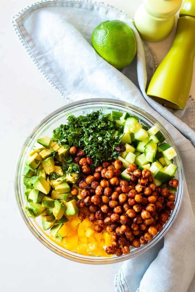 Vegetarian / Vegan / Raw recipes & chat-cucumber-avocado-salad-1.jpg