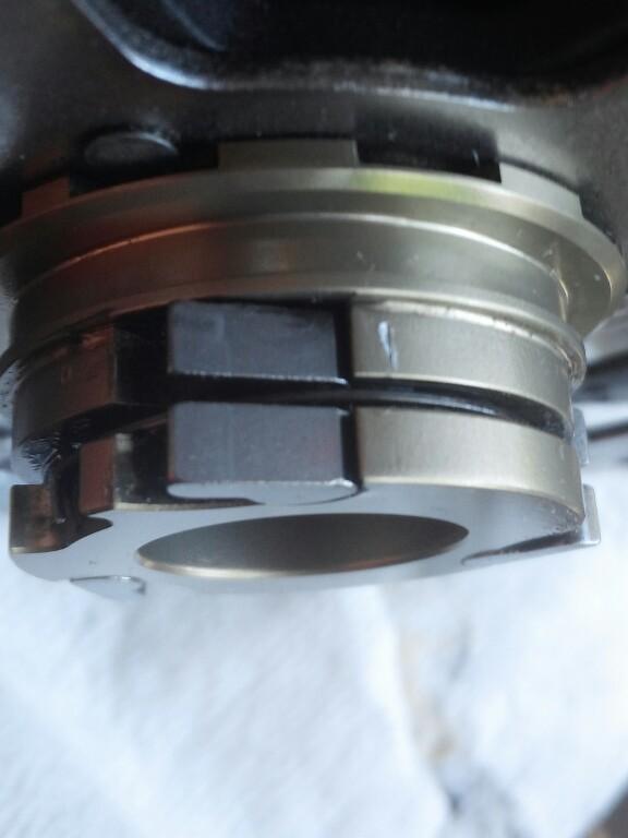 Koozer hubs, 72 POE @ under -cycletrack4.jpg