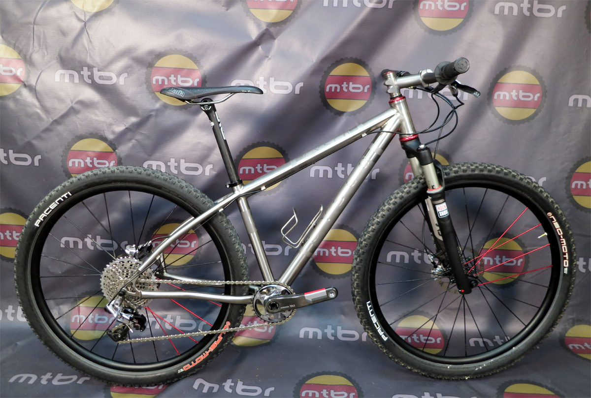 Cysco Cycles - custom Ti 650b hardtail