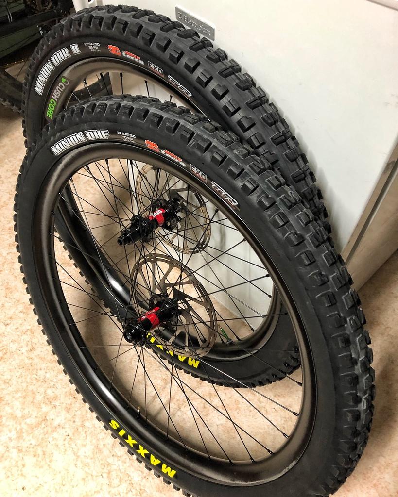 Light Bicycle Carbon Rims-d145228c-209c-44a9-a498-240f6d9afe4b.jpg