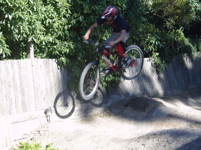 Flightline into a DJ/Urban bike?-daniel_1st_attempt_675.jpg