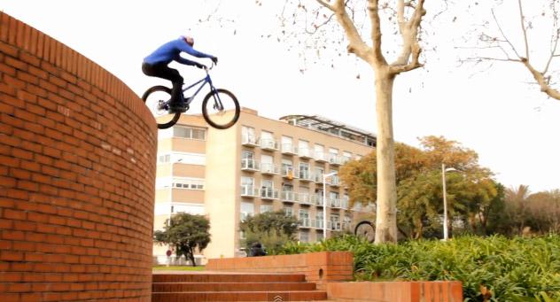 Danny MacAskill - Inspired in Barcelona