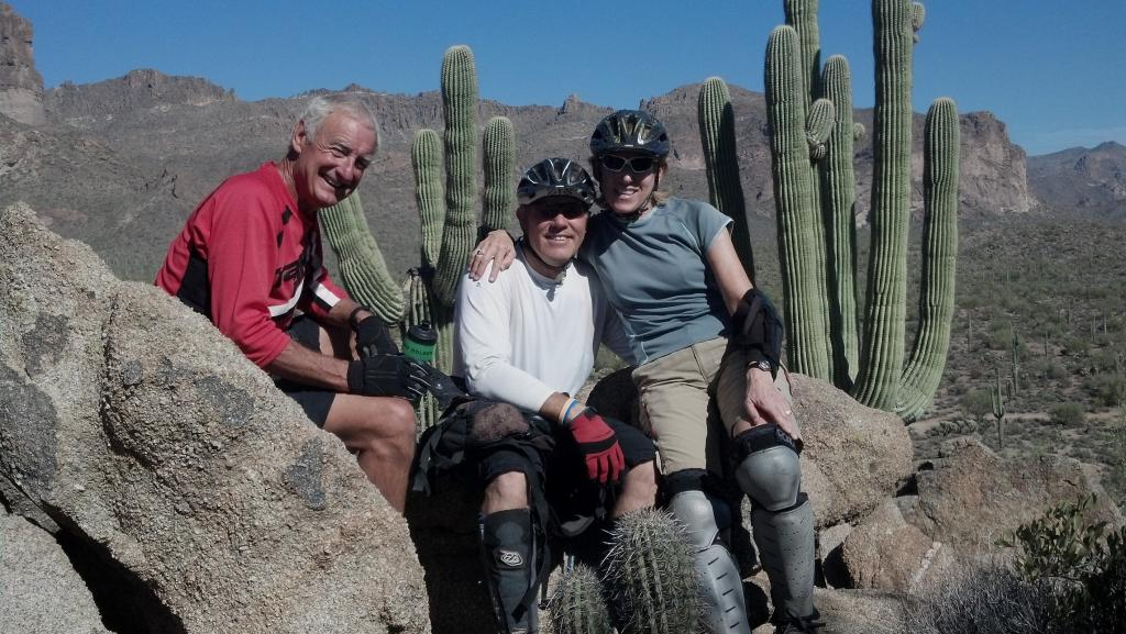 Thankgiving in Mesa...gotta ride!-darch-b.jpg