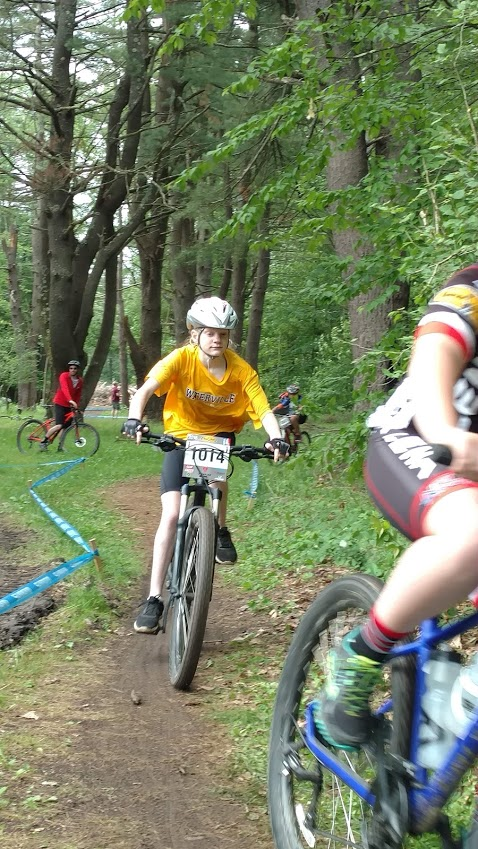 Girls on Bikes-delia-race.jpg