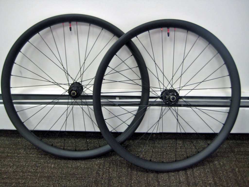 Lets see some blinged out wheelsets..I9,CK,Hope..anything goes!-derby-1.jpg