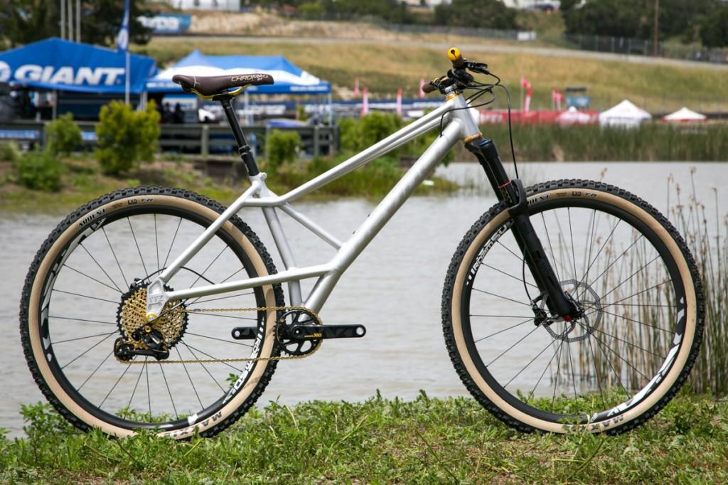 Devinci YYZ-devinci-yyz-30th-anniversary-bike-11-1024x682.jpg