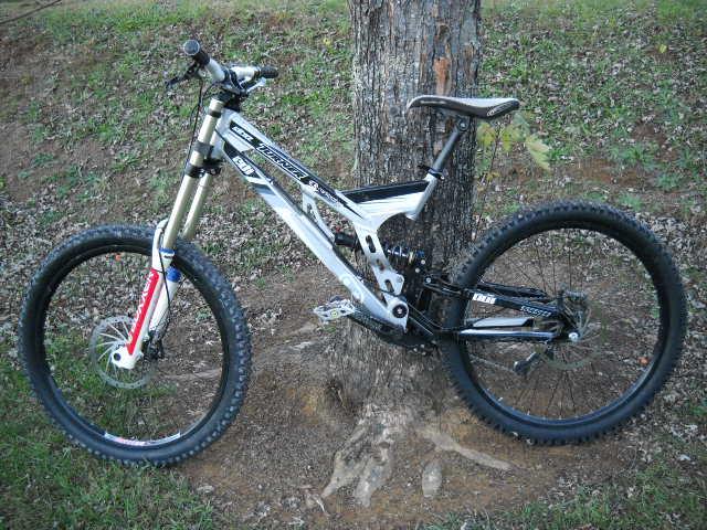 Old School DH bikes-dh-008.jpg