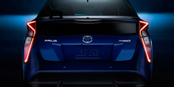 Car design-differences-between-prius-vs-prius-c-vs-prius-v2_o.jpg
