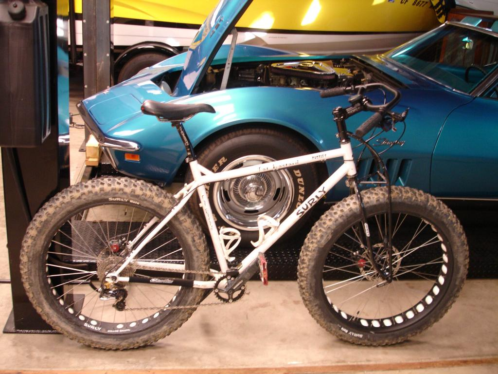 Front wheel set up for a rigid (semi-fat and fat related)-ditch-witch.jpg