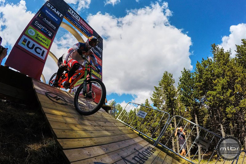 Claudio Caluori partners up with Loic Bruni to preview the final World Cup DH stop of the season.