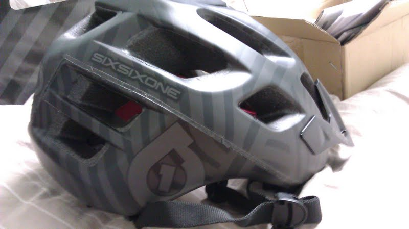 New guy looking for helmet suggestions.-download.jpg