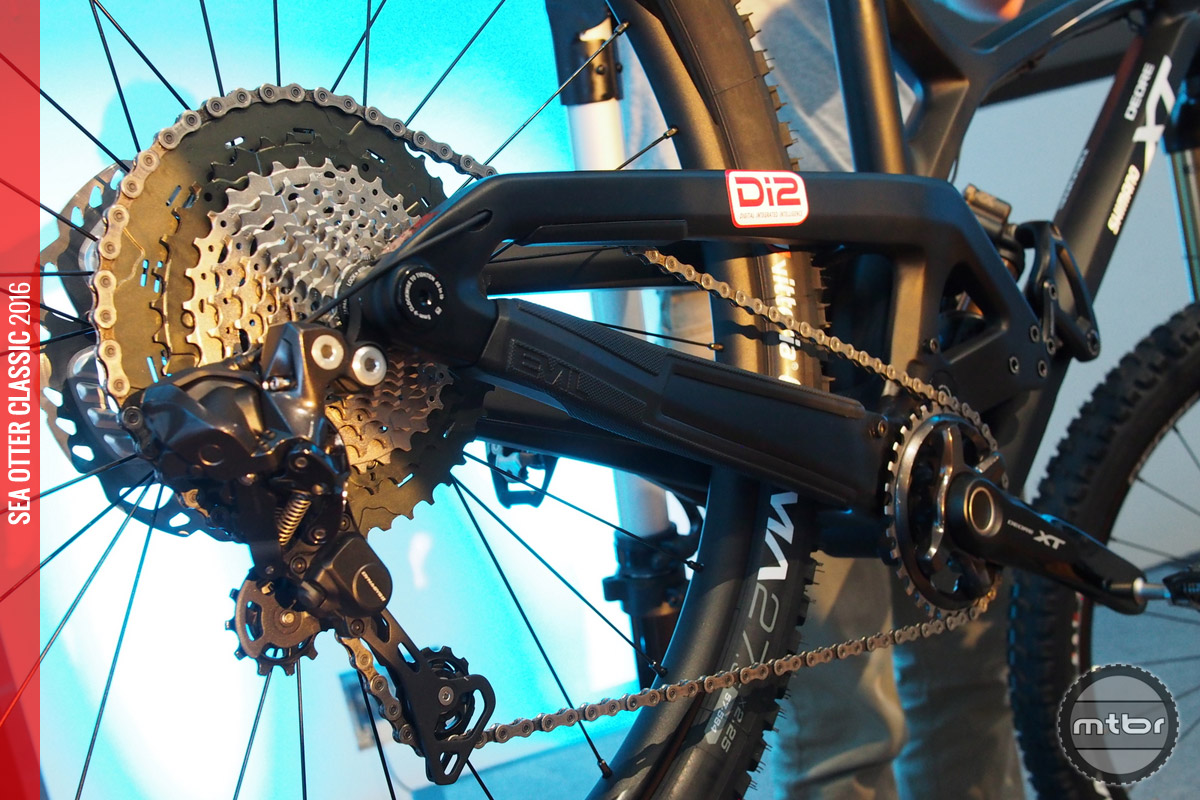 The 1x11 XT drivetrain is now available in Di2.