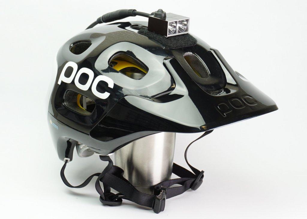 Amoeba helmet light on a POC helmet-dsc00030.jpg