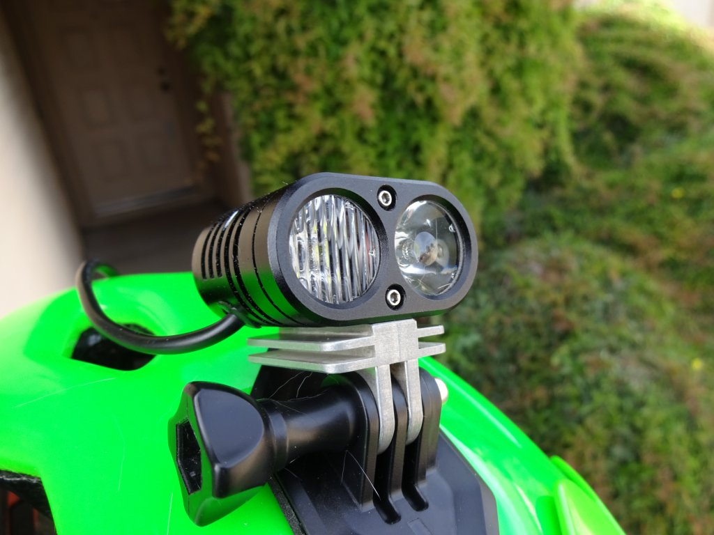 GoPro light adapter with fins for additional heatsinking-dsc00140.jpg