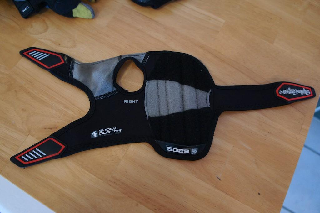Troy Lee Designs 5205 Wrist Guard Review-dsc00797.jpg