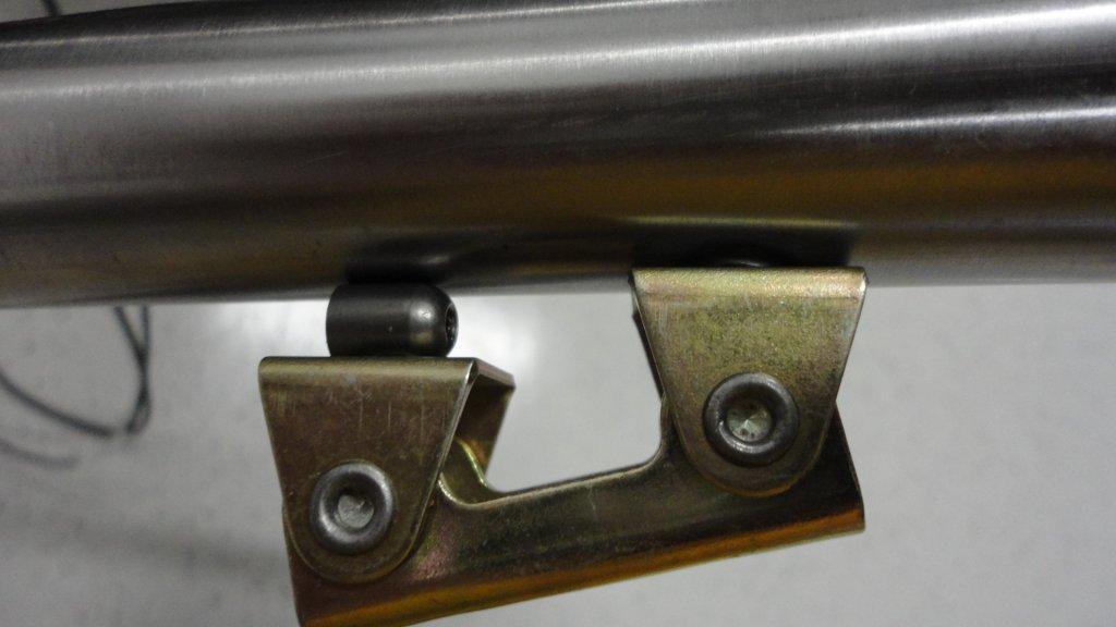 Anyone besides Sputnik make clamps for braze-ons?-dsc01169.jpg