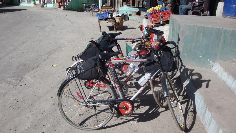 Post your Bikepacking Rig (and gear layout!)-dsc01352.jpg