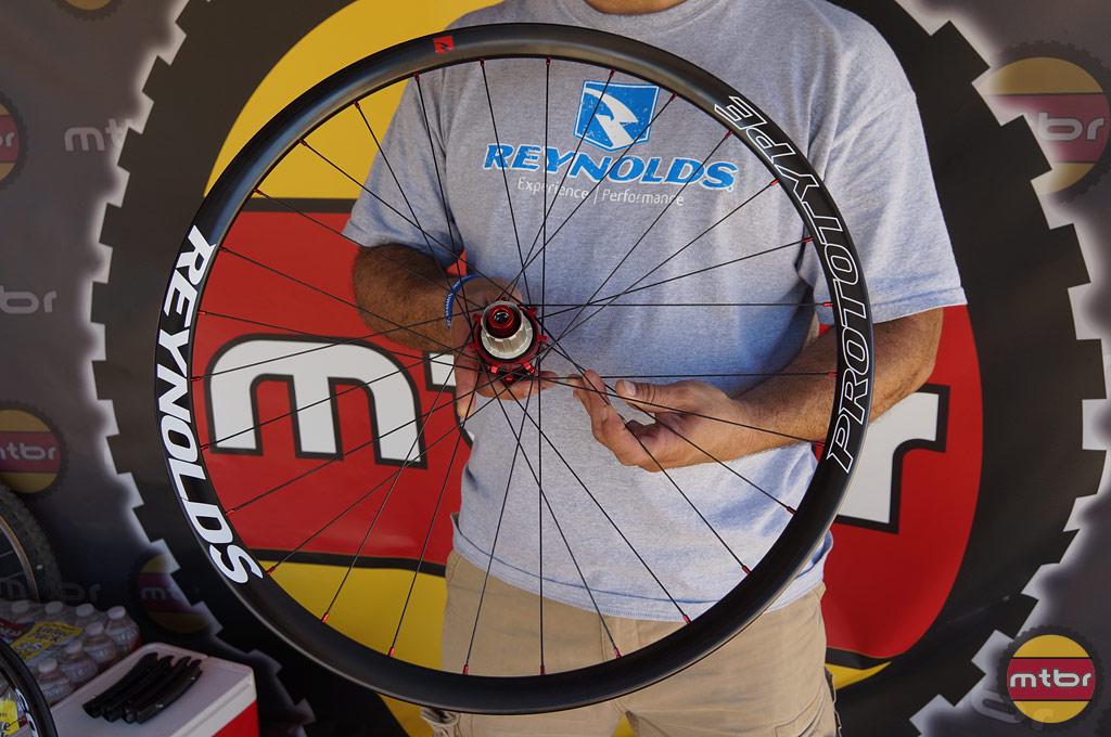 650b Carbon Wheelset