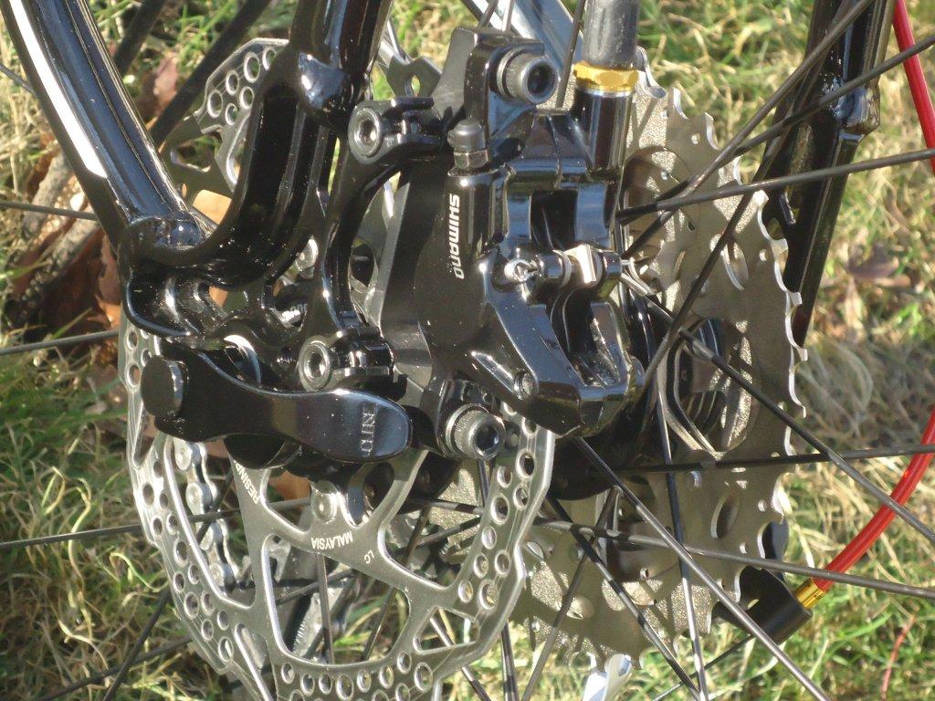 leaking disc brake - Shimano Deore M595-dsc01555.jpg