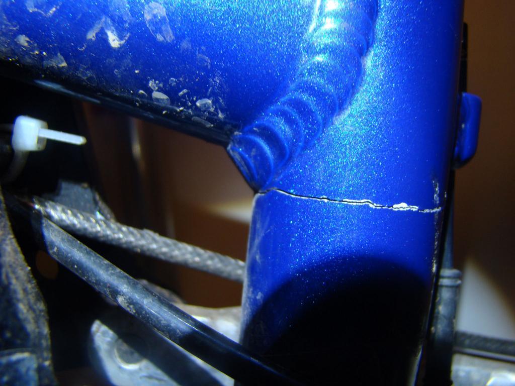 Motolite Cracked-dsc01631.jpg