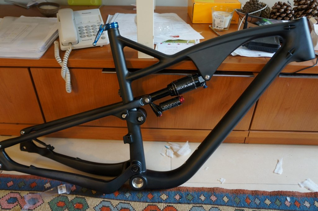 Chinese Carbon Frames - 650b edition-dsc02095-large-.jpg
