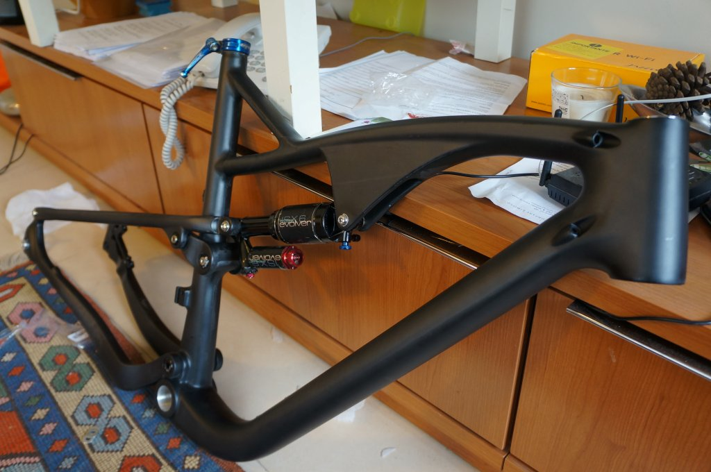 Chinese Carbon Frames - 650b edition-dsc02099.jpg
