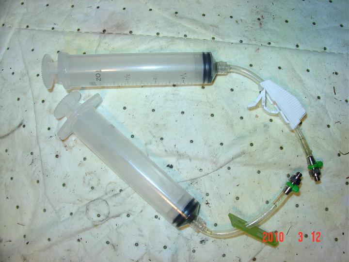 home made avid bleed kits-dsc03360.jpg