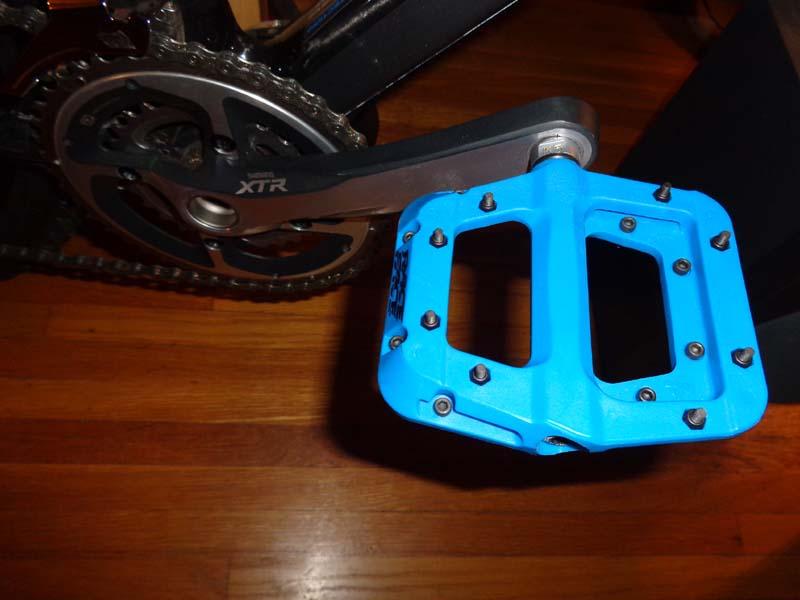 Race Face Chester Nylon Composite Pedals-dsc06659.jpg