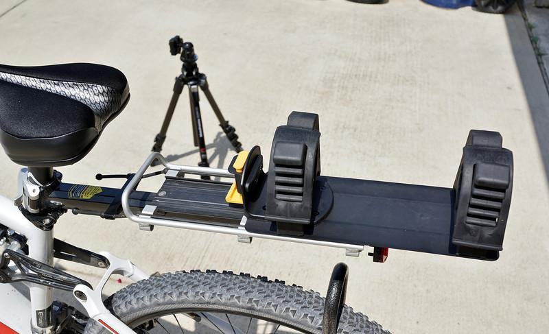 Tripod Rear Rack Carrier (I shoot a lot)-dsc07281-l.jpg
